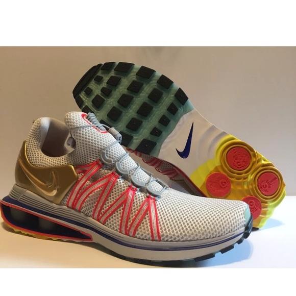ca39ca3820e9b9 Nike Shox Gravity Olympic Gold Metal Shoes Sz 10
